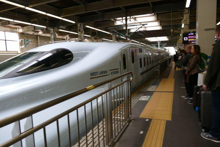Japanese-speed-train