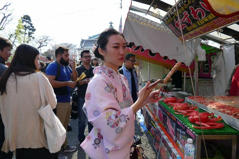 Japan-food-street81