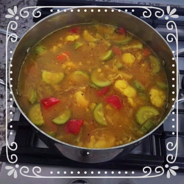 Simple-Vegetable-Soup-11